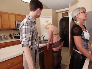 Mother together with Stepsis Three-Way after brainwash - Leilani Lei Fifi Foxx