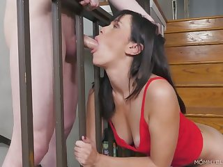 Housewifely black follower Alana Cruise gets her pussy pleased as Punch and mouth fucked