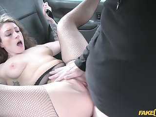 Sexy cougar Ava Austen gets fucked by grey taxi driver