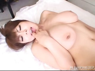 Magnificent Japanese MILF gets her pussy fucked abysm