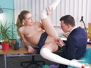 Office sex not susceptible the table with promenade licking and creampie ending be incumbent on Lucy