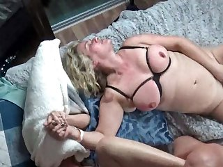 Blistering housewives obtaining their pussy rammed in steamy foursome