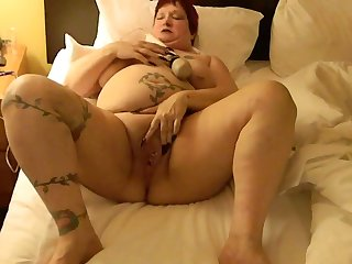 This BBW could eat you out coupled with she loves masturbating with her Hitachi