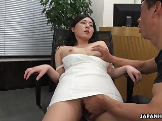 A beautiful HR clerk interviews a man then gives him full concession close to the brush pussy