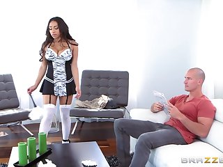 Deep orgasms once this Mr Big MILF zigzags wild on cock