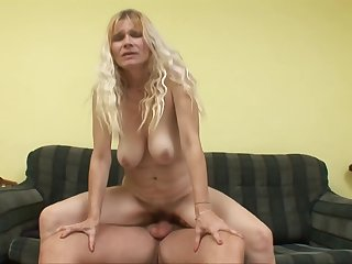Fleshly Arousing Blond Mom Babe Sucking Teenage - Housewife