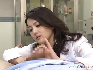 Japanese nurse crippling unalterable gets fucked in the Hospital